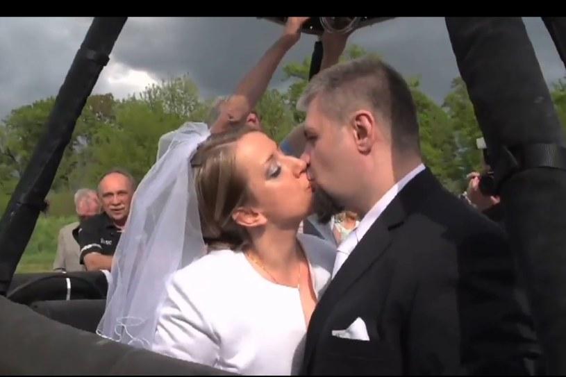 Nietypowy ślub w balonie /INTERIA.PL