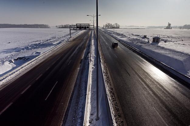 Niewiele autostrad będzie bezpłatnych / Fot: Maciej Kulczyński /Agencja SE/East News