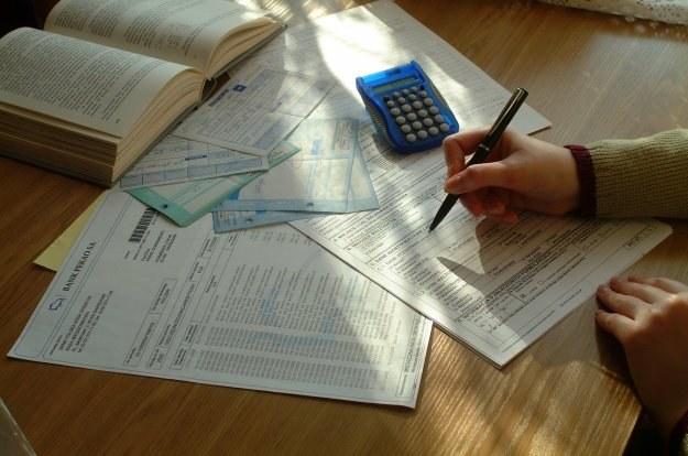 Niewiele jest krajów, w których - w takim stopniu jak w Polsce - płaci się podatek od podatku /© Bauer