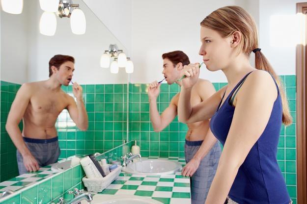 Niewłaściwa higiena jamy ustnej sprzyja zawałom /© Panthermedia