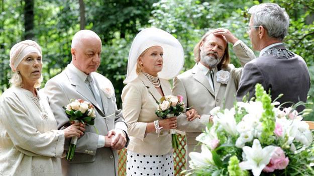 Niezapomniane śluby i rozwody nad rozlewiskiem /Agencja W. Impact