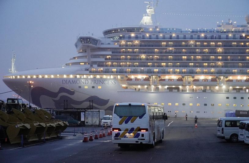 Niezarażeni pasażerowie Diamond Princess będą mogli zejść na ląd /FRANCK ROBICHON /PAP/EPA