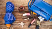 Niezbędna kosmetyczka – czego nie powinno zabraknąć w twojej torebce?