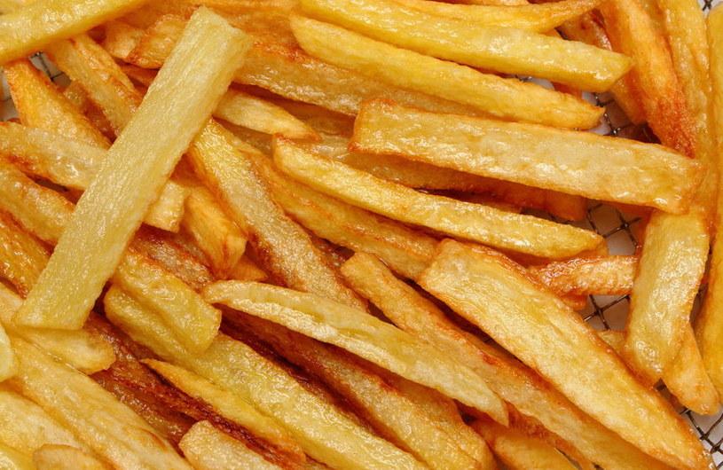 Niezdrowe jedzenie wpływa na przyswajanie glukozy w mięśniach już po kilku dniach /123RF/PICSEL