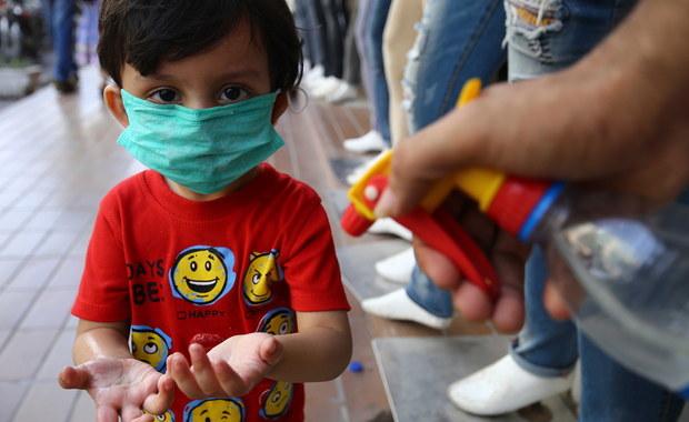 Nieznana choroba u dzieci może mieć związek z koronawirusem. Lekarze apelują o spokój