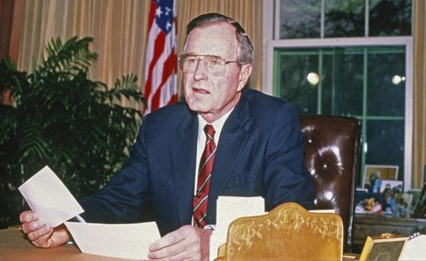 Nieznana historia z życia George'a Busha. Ujawniono wzruszające listy