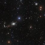 Niezwykłe zdjęcie otoczenia galaktyki NGC 5018