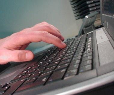 Niezwykły wirus atakuje na rosyjskich stronach WWW