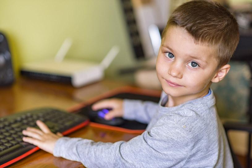 Nigdy nie jest za wcześnie ani za późno, by mądrze wspierać rozwój dziecka /123RF/PICSEL
