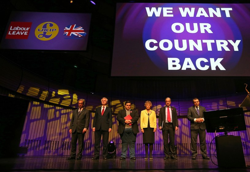 Nigel Farage podczas kampanii /SCOTT HEPPELL /AFP