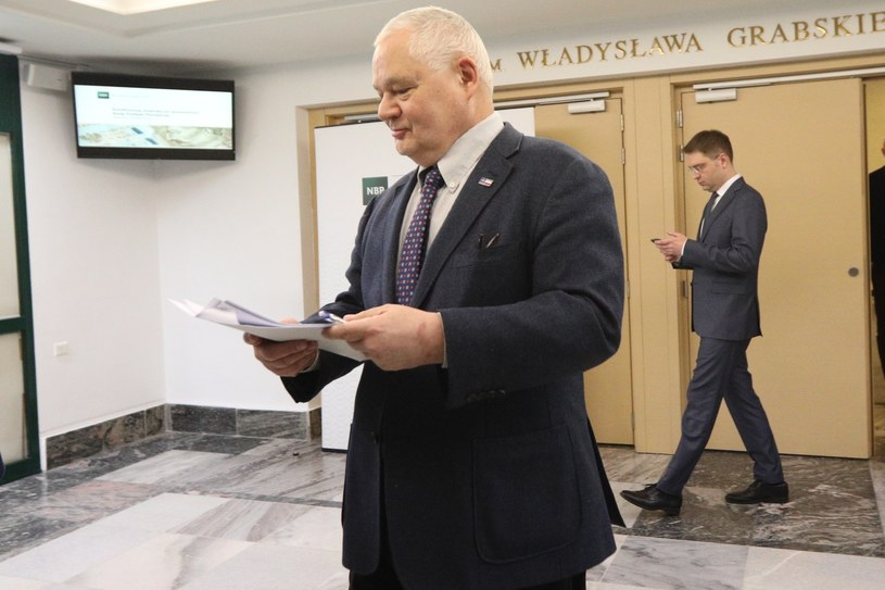NIK zarzuca NBP rozrzutności i zawyżanie wynagrodzeń; na zdjęciu prezes NBP Adam Glapiński /Tomasz Jastrzebowski/REPORTER /Reporter