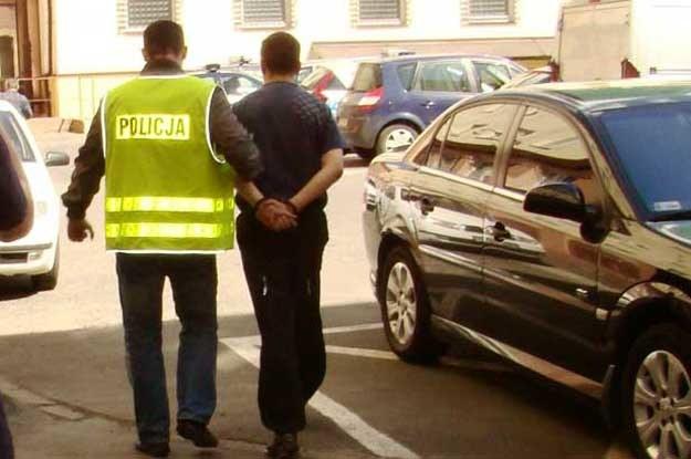 Nikilauda juz pod opieką policji... /Policja