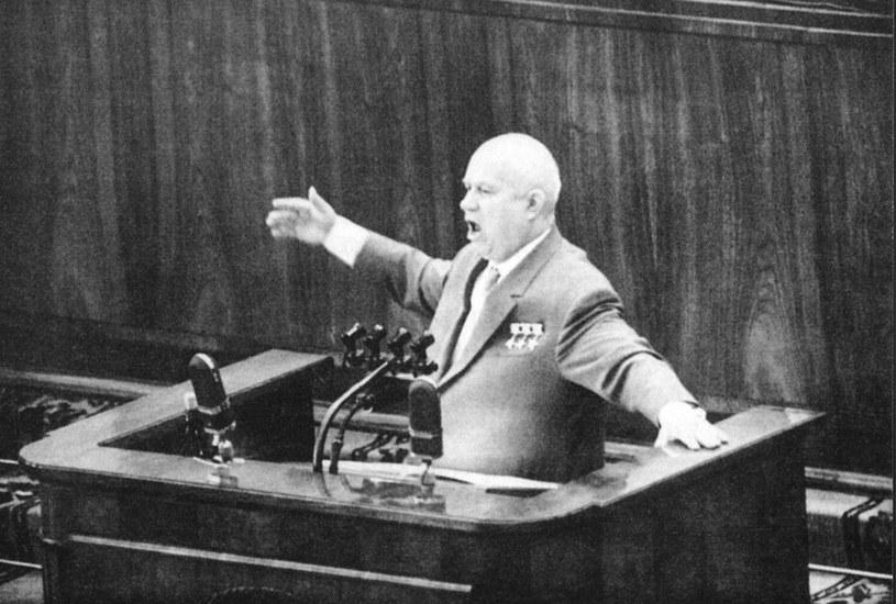 Nikita Chruszczow grał w grę rozpoczętą przez poprzedników. Z tym, że on potrzebował czasu, żeby uspokoić sytuację w państwie. /East News