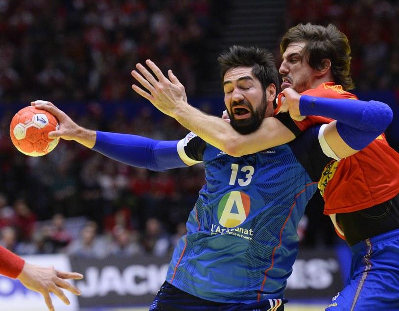 Nikola Karabatić i Viran Morros De Argila w twardej walce o awans do finału /AFP