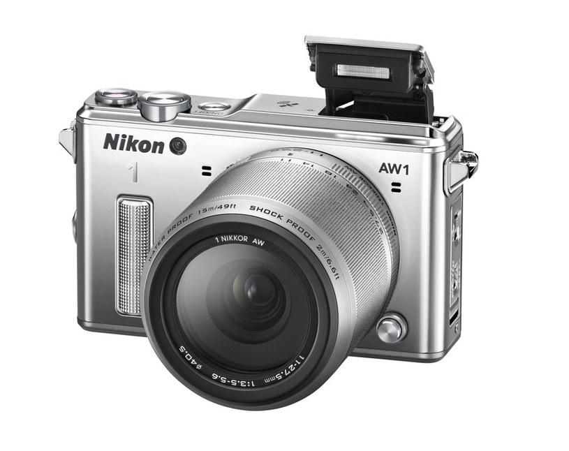 Nikon 1 AW1 /materiały prasowe