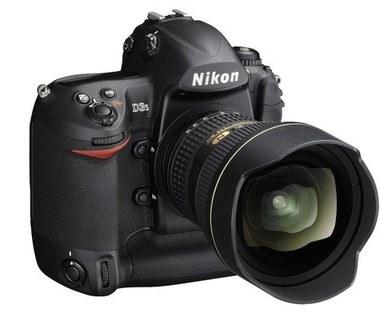 Nikon wysyła sprzęt w kosmos