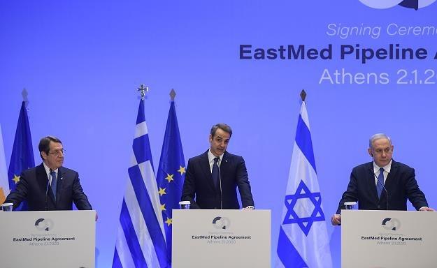 Nikos Anastasiadis, Cypr (L), Kyriakos Mitsotakis, Grecja (Ś), Benjamin Netanyahu, Izrael (P) /AFP