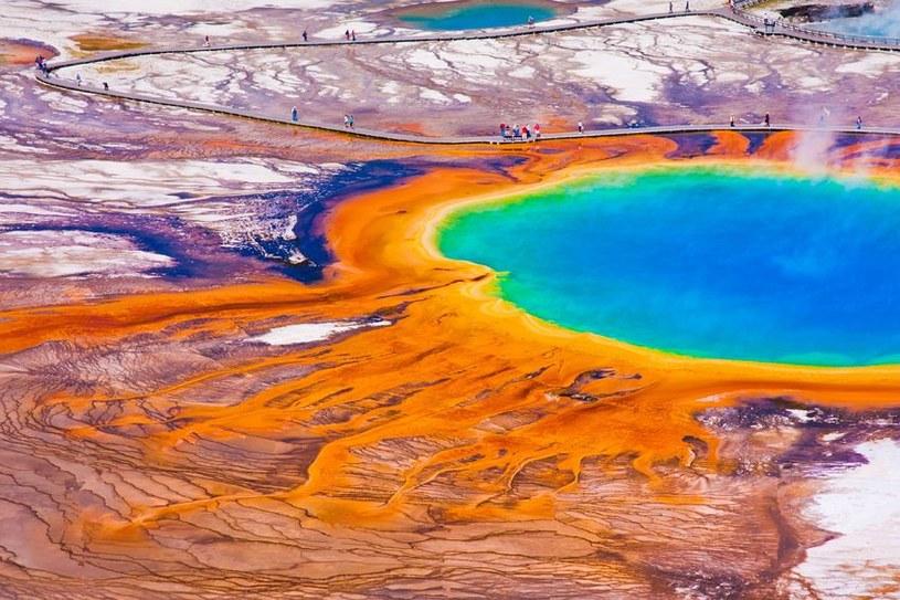 Nikt nie wie, co dokładnie dzieje się pod Yellowstone /123RF/PICSEL