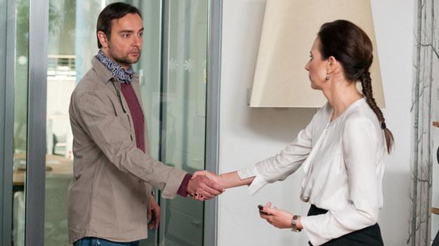 Nina zakocha się w zdolnym i sympatycznym informatyku. /Agencja W. Impact
