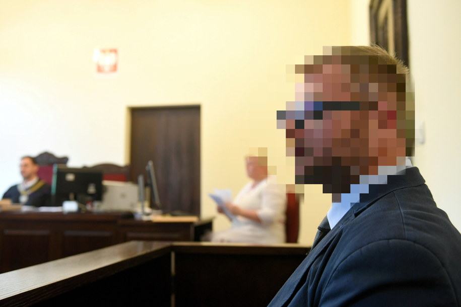 Niska kara dla radnego, który znęcał się nad żoną. Będzie wniosek o wznowienie przewodu sądowego /PAP