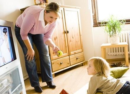 Niska samoocena u dzieci, może być przyczyną otyłości w przyszłości? /ThetaXstock