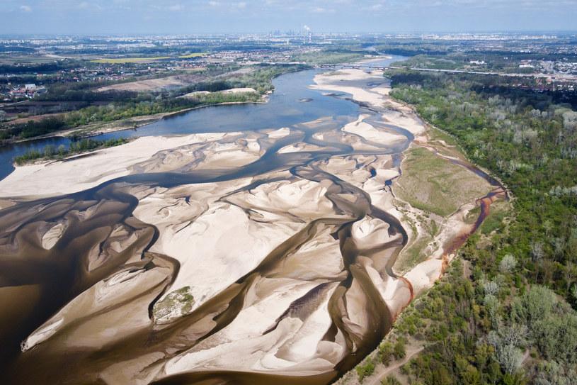 Niski poziom wody w Wiśle /Mateusz Wlodarczyk /Agencja FORUM