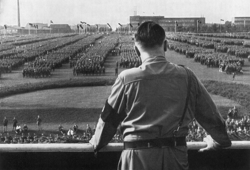 Niski, wątły izakompleksiony Hitler ukrywał swoje liczne choroby przed światem. Nigdzie nie ruszał się bez osobistego lekarza, awjego apteczce znajdowało się prawie 60różnych preparatów /Getty Images
