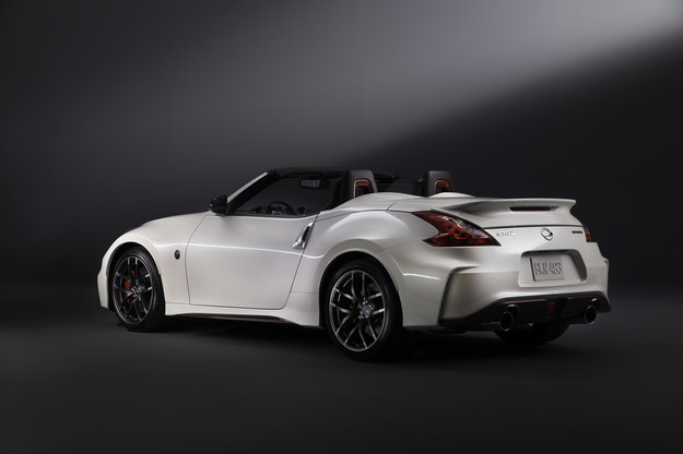 Nissan 370Z Nismo Roadster concept /Nissan