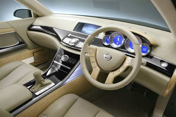 Nissan Fuga (kliknij) /INTERIA.PL