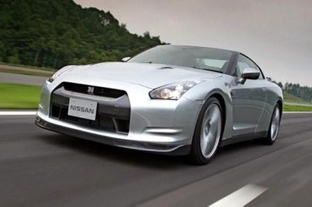 Nissan GT-R /