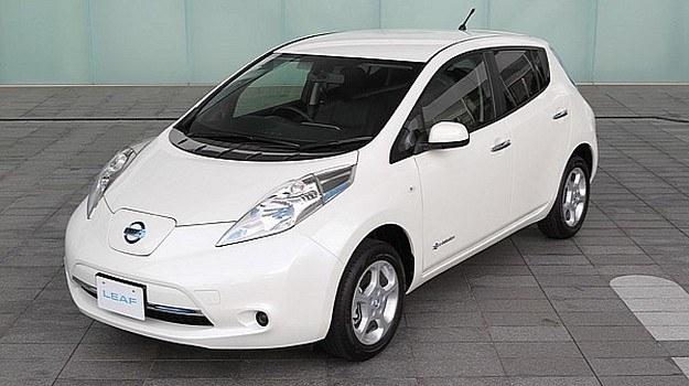 Nissan Leaf 2013 /Nissan