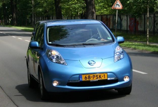 Nissan leaf - czy to przełom w motoryzacji? /INTERIA.PL