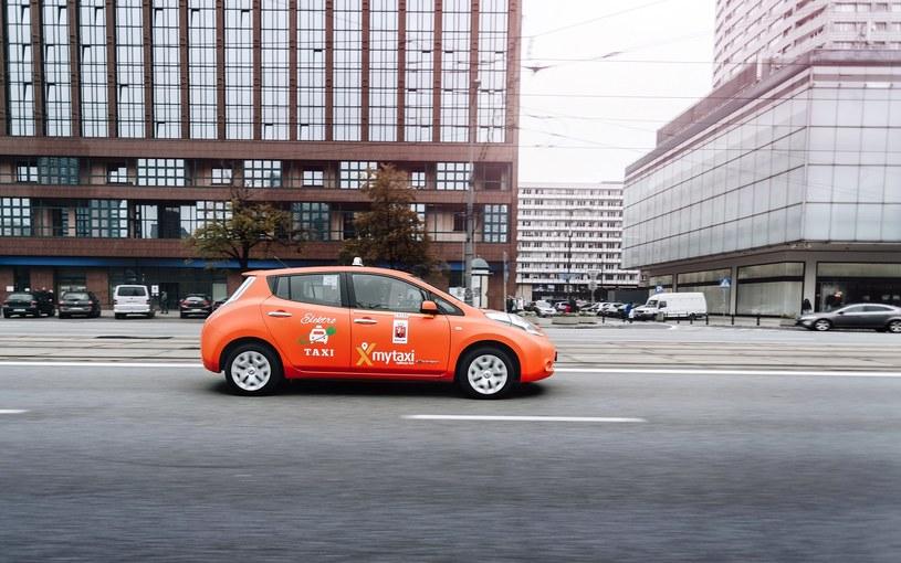 Nissan Leaf dostępny w ofercie mytaxi /materiały prasowe