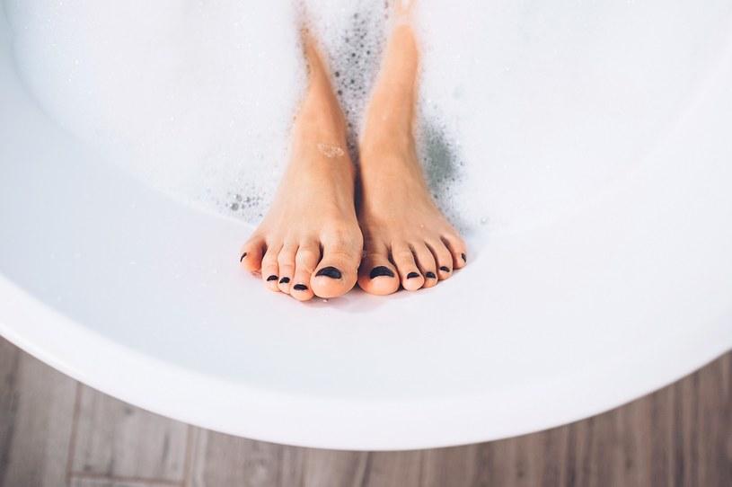 Nivelazione - szykujemy stopy na wiosnę /materiały prasowe