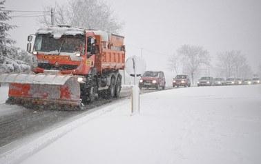 Niż Lars nad Polską. Strefa intensywnego śniegu nasuwa się nad Podlasie