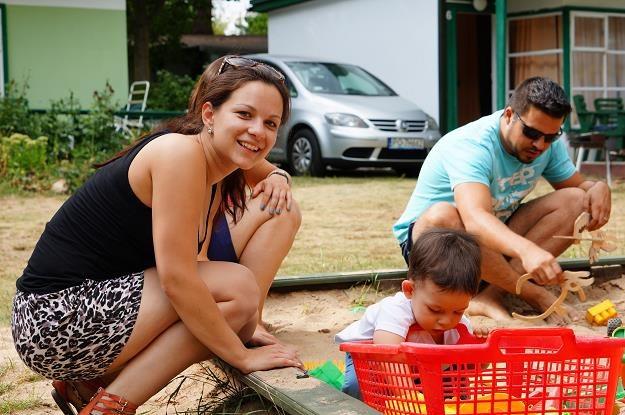 Niższy wiek emerytalny i 500 zł na dziecko - tak, wyższe podatki - nie /©123RF/PICSEL