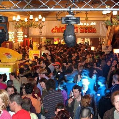 Noc Reklamożerców w Paryżu w roku 2005 /