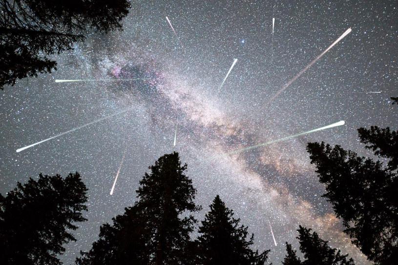 Noc spadających gwiazd już 12 sierpnia /123RF/PICSEL