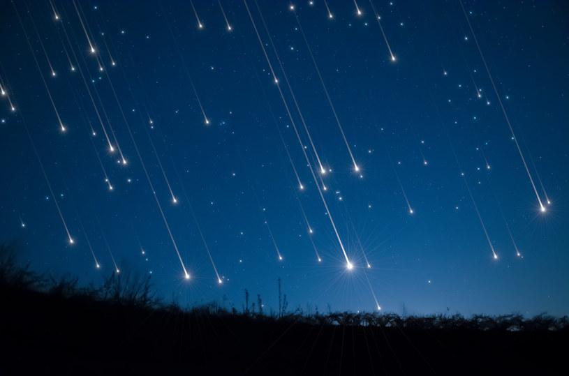 Noc spadających gwiazd to doskonała  okazja, by mieszkańcy miast odwiedzili peryferia /123RF/PICSEL