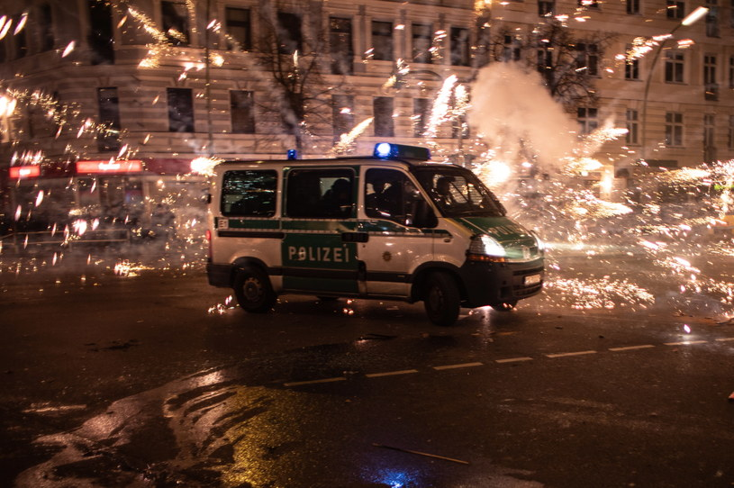 Noc sylwestrowa w Berlinie /OMER MESSINGER  /PAP/EPA