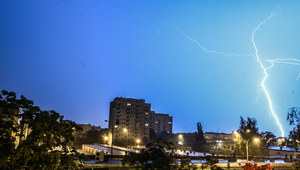 Nocą przejdą nad Polską gwałtowne burze. IMGW ostrzega