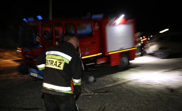 Nocne ewakuacje mieszkańców w Śląskiem