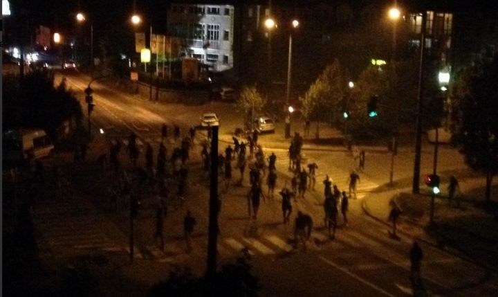 Nocne zamieszki w Sarajewie / fot. Twitter /INTERIA.PL