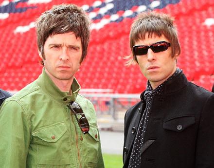Noel i Liam Gallagher fot. Dave Hogan /Getty Images/Flash Press Media
