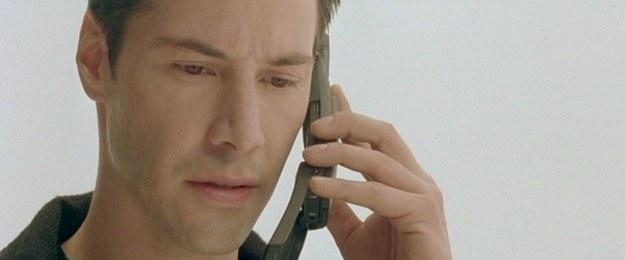 """Nokia 3310 - kadr z filmu """"Matrix"""" /materiały prasowe"""