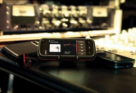 Nokia 5800 - jeden z telefonów promujących Nokia Music Store /materiały prasowe
