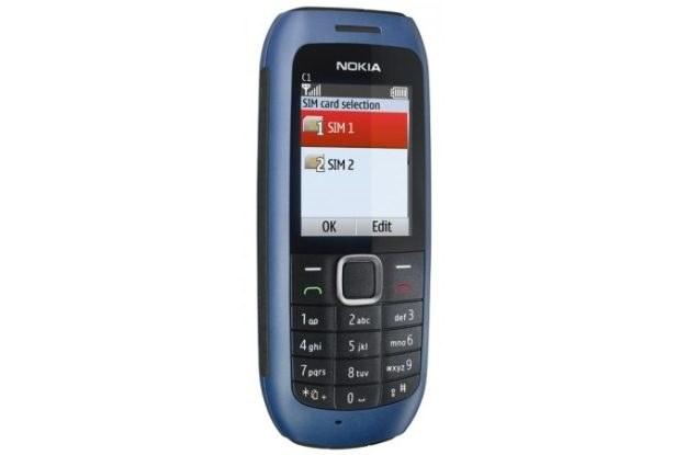 Nokia C1 - pierwszy telefon z Finlandii, który ma wejście na dwie karty SIM /materiały prasowe