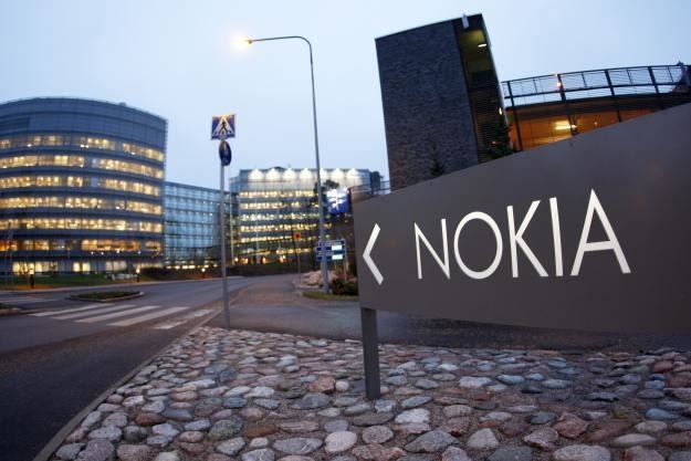 Nokia cały czas boryka się problemami /AFP