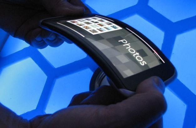 Nokia Kinetic Device - tak może wyglądać przyszłość telefonów /INTERIA.PL