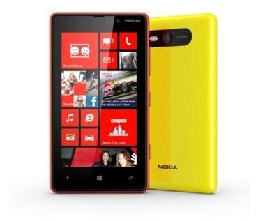 Nokia Lumia 820 - budżetowy gigant